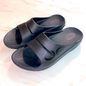 OOFOS slide recovery sandals black M8 W10 unisex